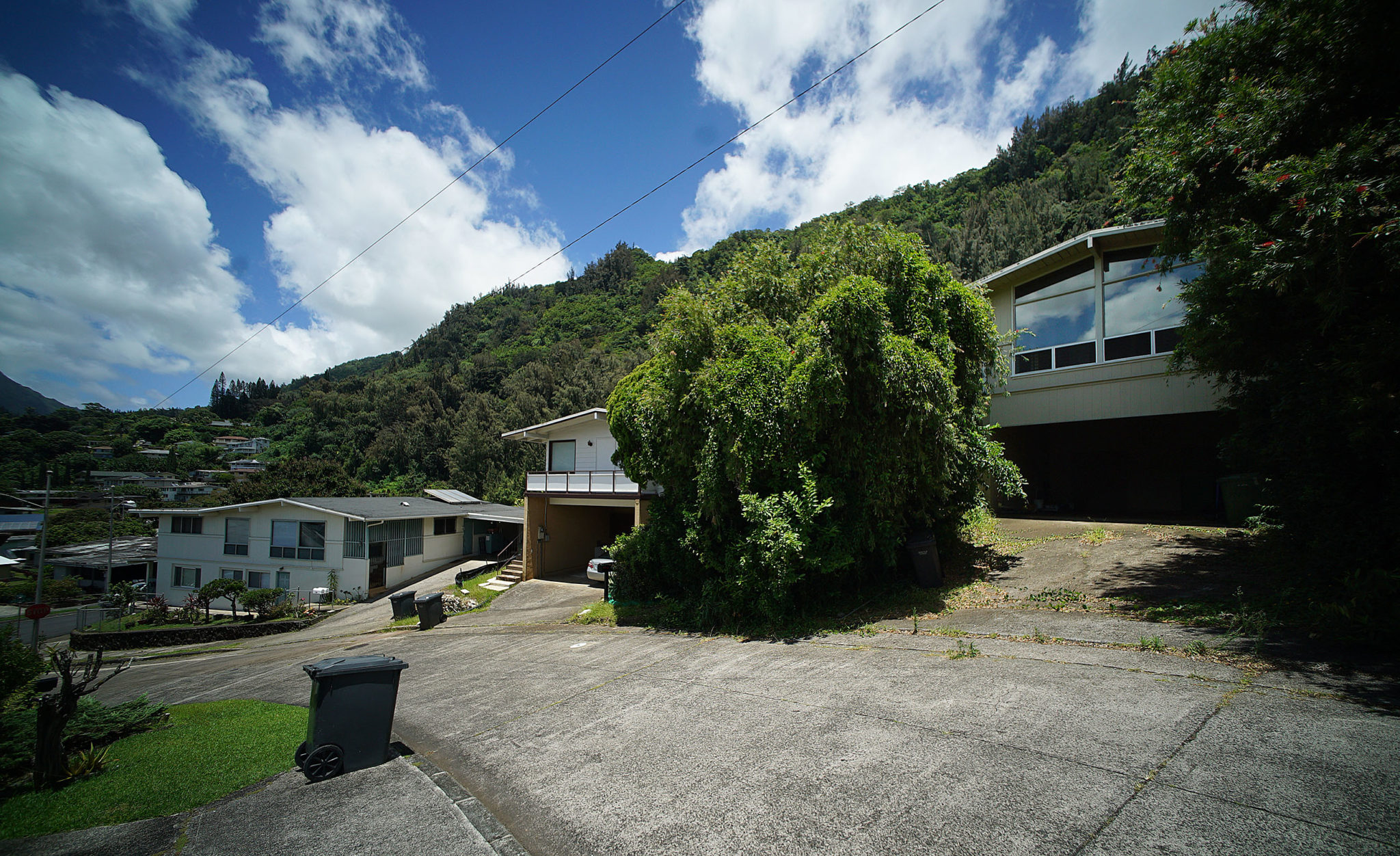 274 Polohiwa Place in Nuuanu valley.