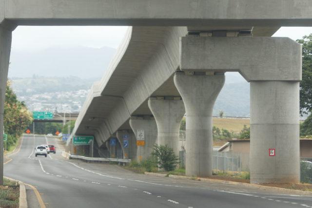 HART rail guideway towers along Farrington Highway (eastbound) near Waipahu High School.