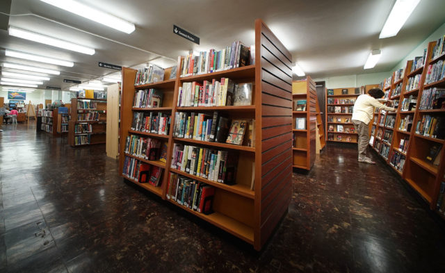 Makiki Community Library has about 18,000 books.