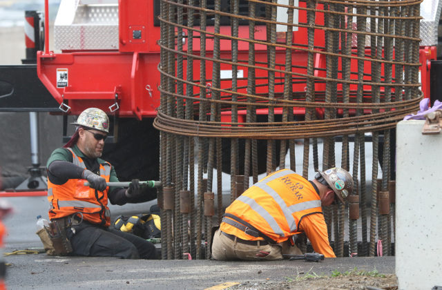 HART Rail round steel rebar along Kamehameha Highway.