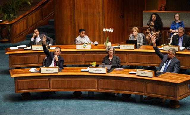 Senators Green Gil Riviere reservations during Senate floor vote of HB2739.