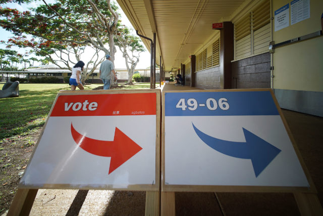 People head to vote at Maunawili Elementary School on Primary Election Day 2018. 11 aug 2018